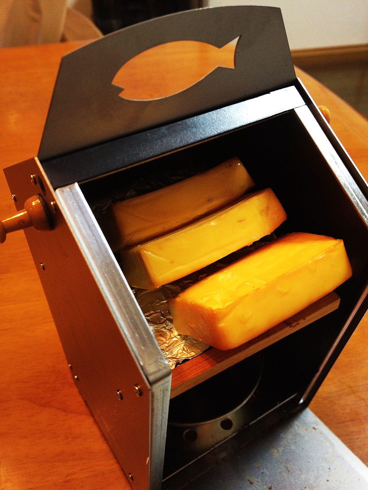 父の日のプレゼントにSDスモーカー1992を!手軽に燻製を作ろう。 Compact smoker SD smoker 1992