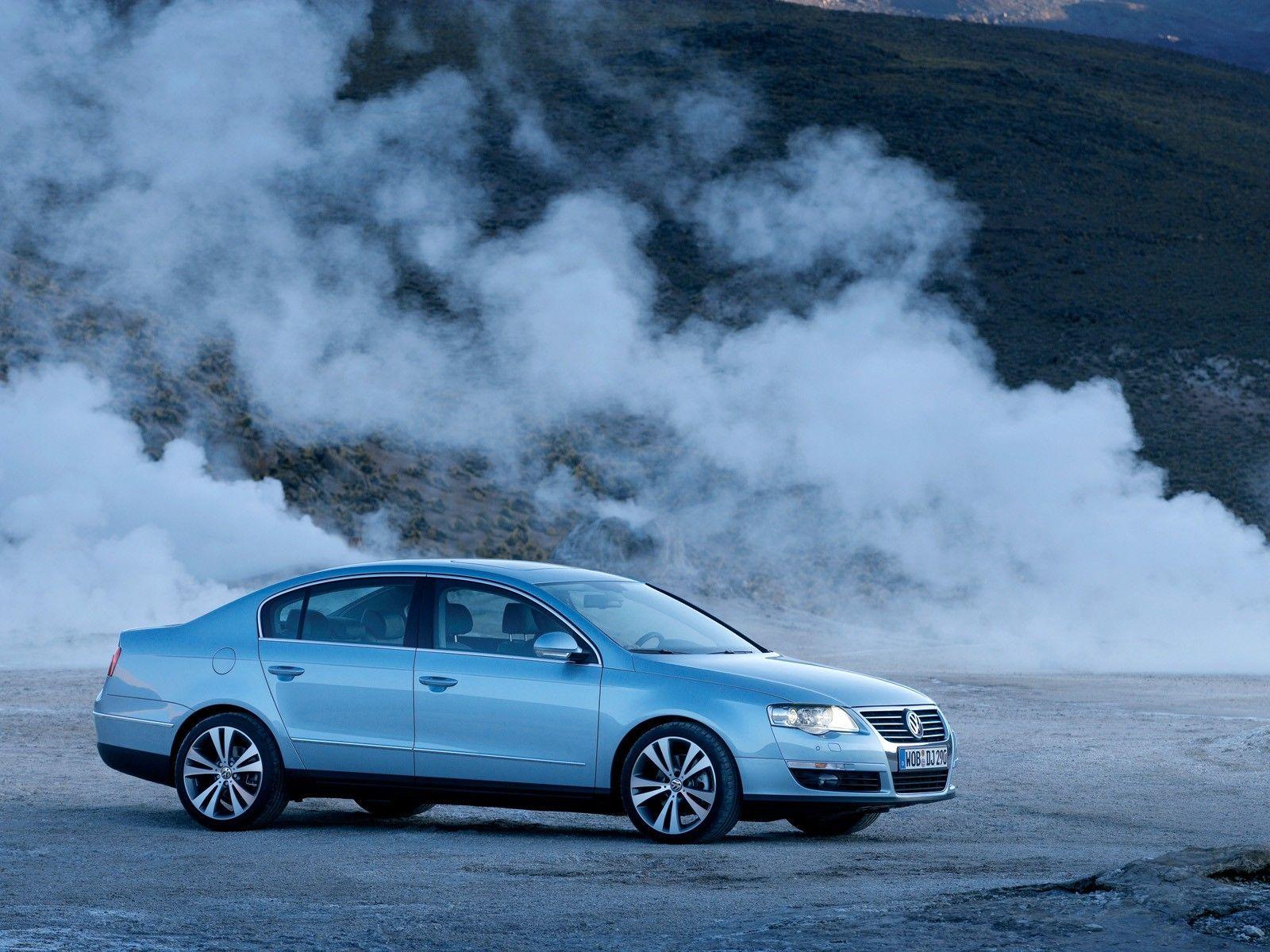 Volkswagen passat blue sedans wallpaper volkswagenwallpaperhtml resolutionsbluesedanspicturesvehicles