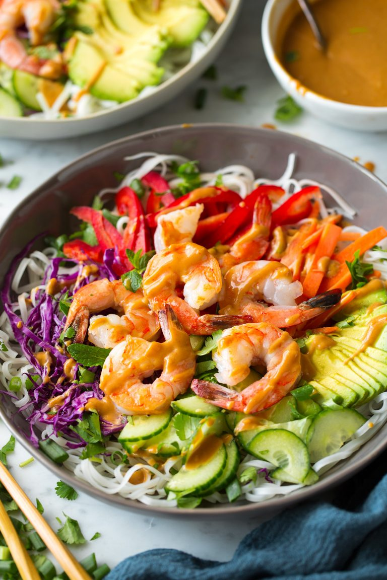 rainbow spring roll bowls with shrimp or chicken and