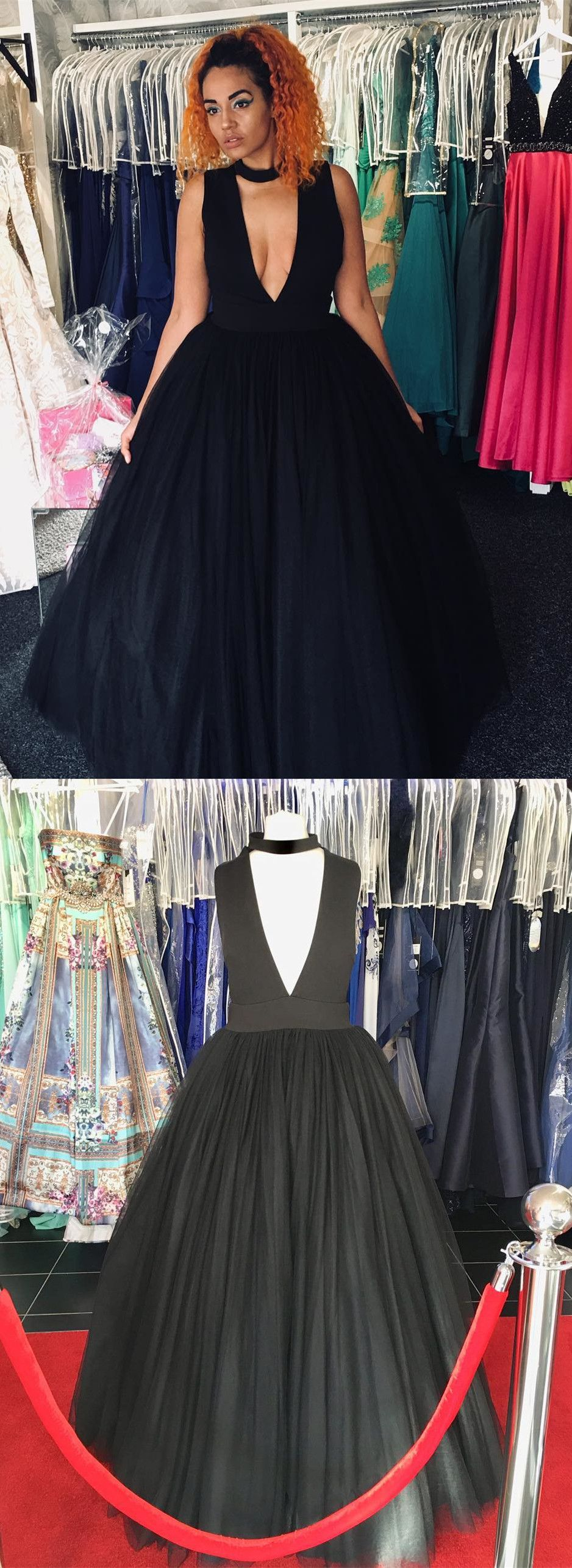 Gorgeous deep v neck black long ball gown in prom dresses