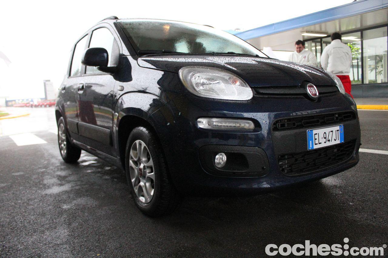 Nuevo Fiat Panda 2012 Presentacion Y Prueba En Napoles Fiat Panda Motor Diesel Y Coches