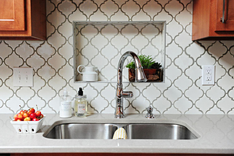 Backsplash metro lantern glossy white tile delta cassidy faucet in chrome
