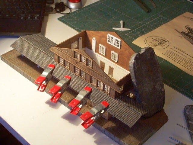 """Construcción de la estación suiza """"Blausee Mitholz""""."""