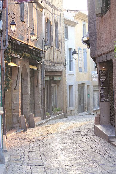 Carcassonne Rue Cros Mayrevieille Languedoc Roussillon Les Regions De France Chateaux Cathares Pays Cathare