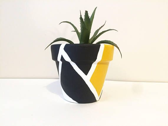 SMALL HANDMADE SCANDI INDUSTRIAL SQUARE CEMENT CONCRETE PLANT POT PLANTER YELLOW