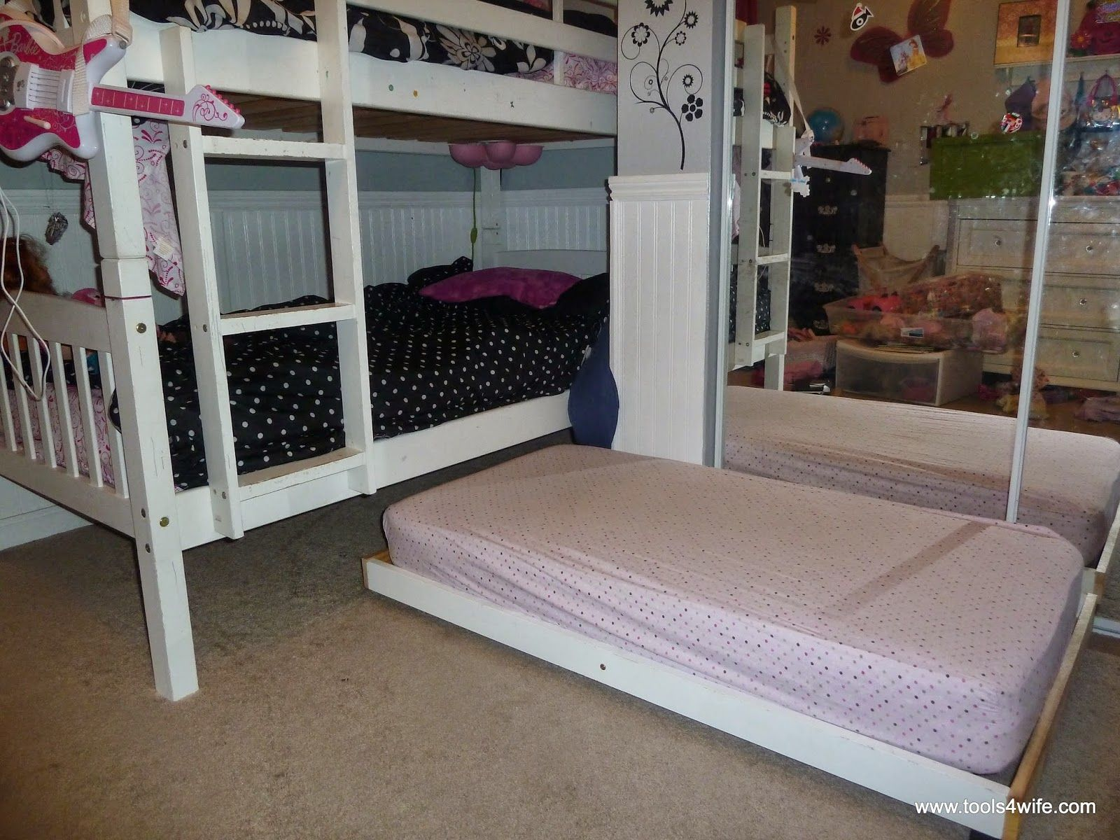 Easy Diy Space Saver Convert A Toddler Bed Into A Trundle