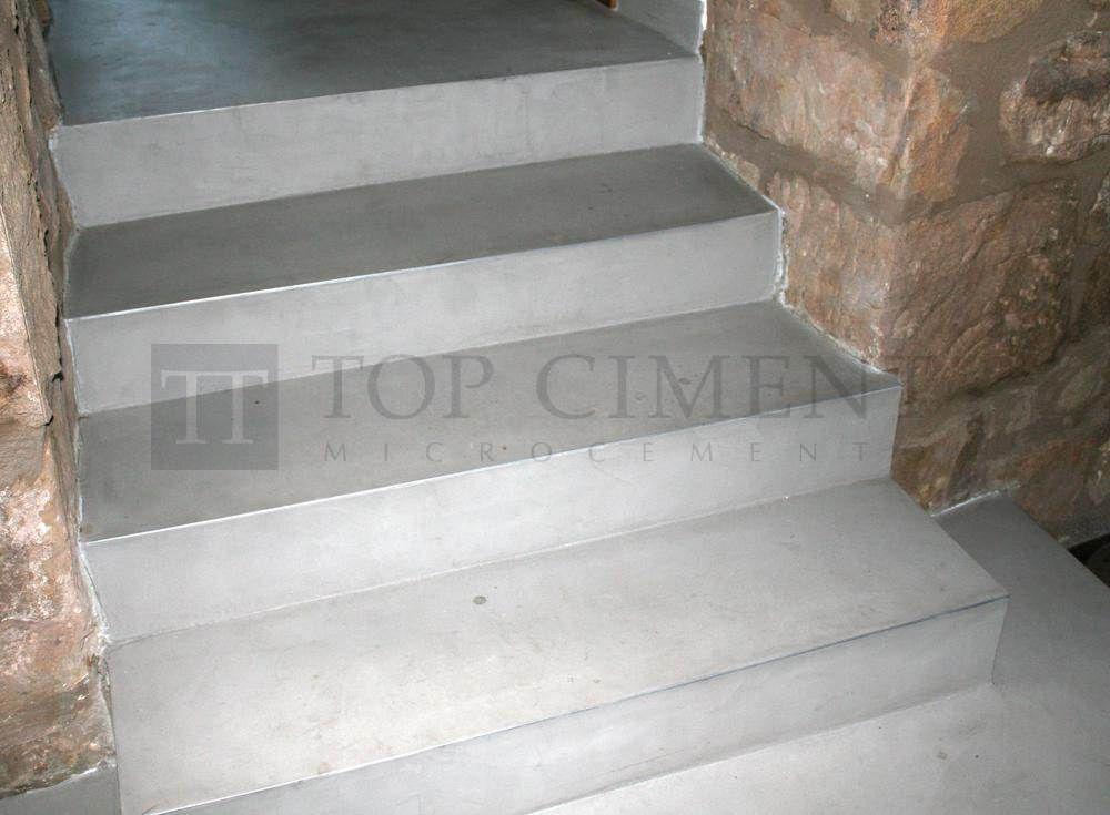 Escaleras de microcemento para vivienda r stica for Escaleras de viviendas