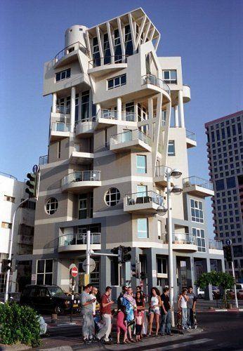 Edificio in stile neo bauhaus a tel aviv tel aviv la for Architettura case
