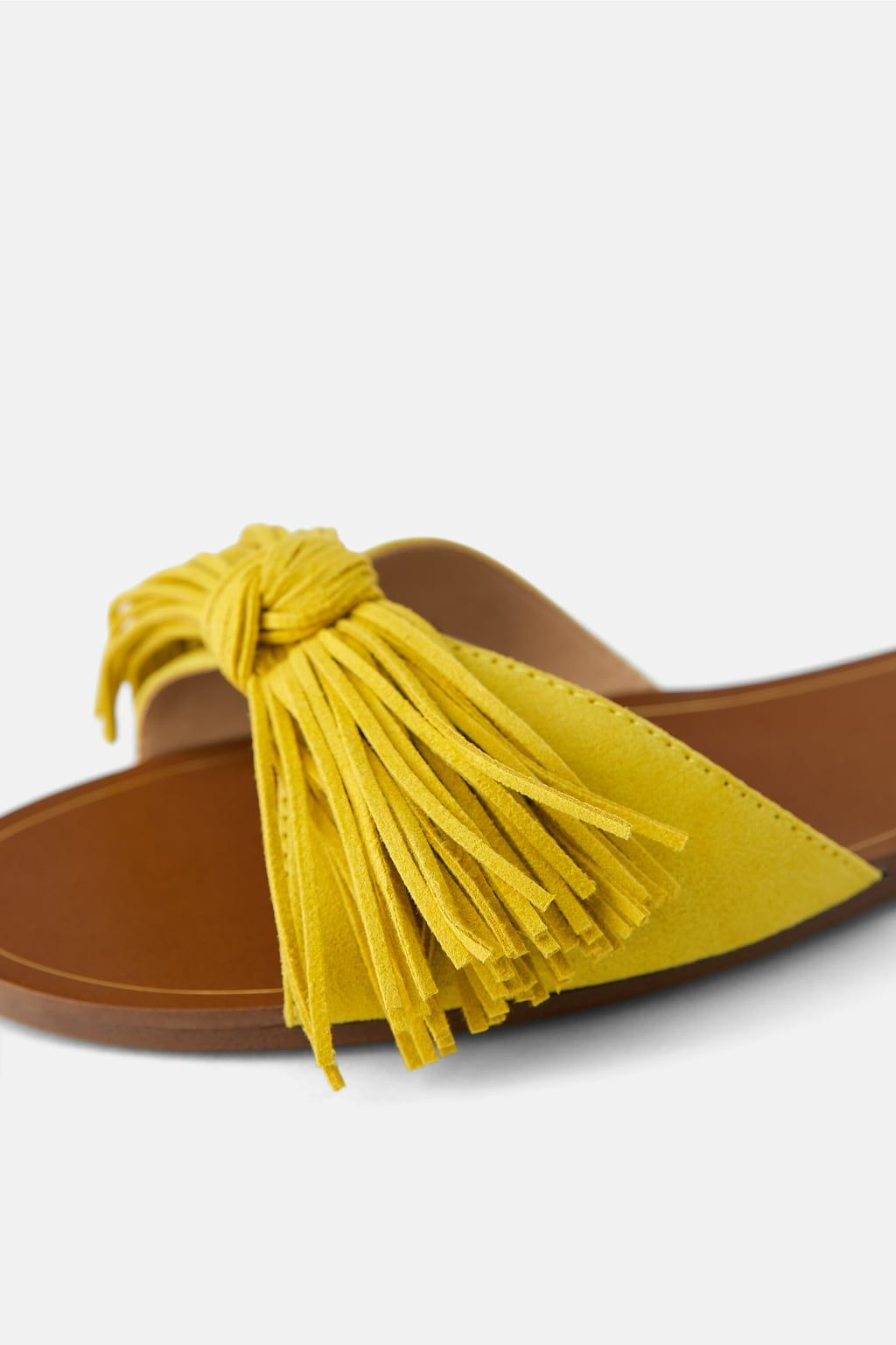 golondrina Desprecio Migración  SANDALIA PLANA FLECOS-Ver Todo-ZAPATOS-MUJER | ZARA España | Sandalias  planas, Zapatos mujer de moda, Zapatos comodos mujer
