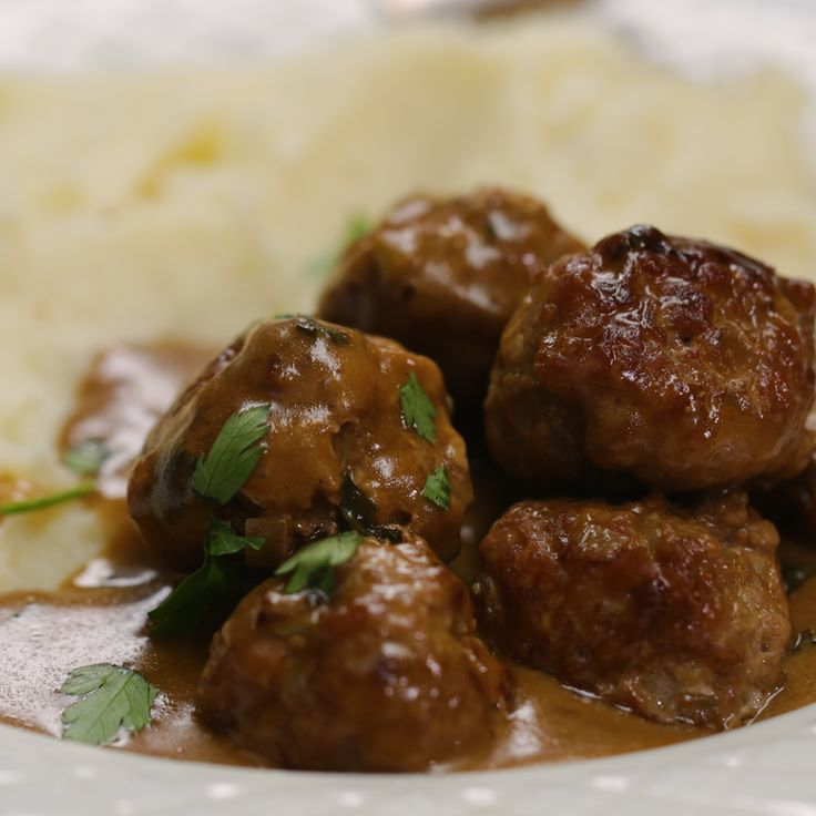 Mini Turkey Meatballs In A Creamy Sauce With Mash   - Savory Food/Cooking -