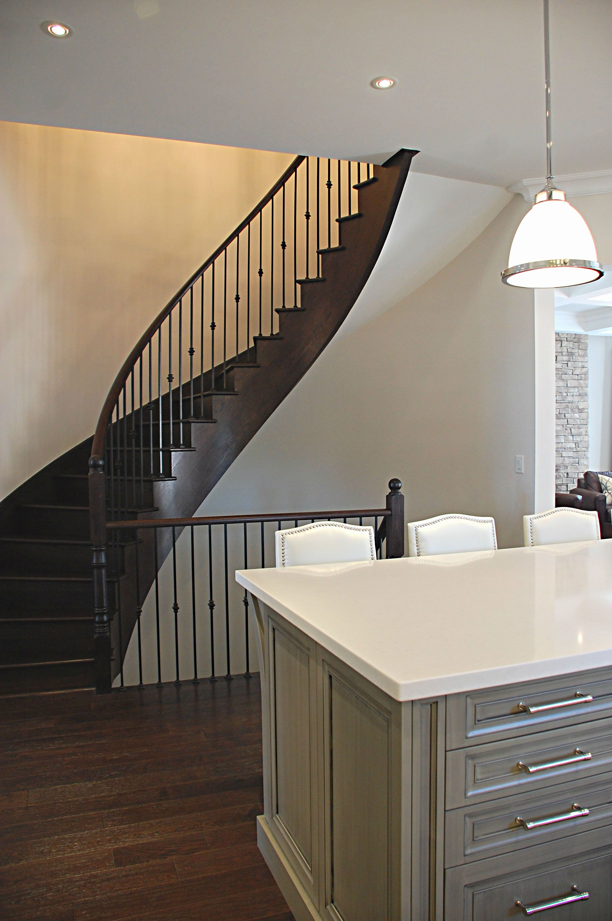Best Kddi Curved Staircase Open Concept Kitchen Kate 400 x 300