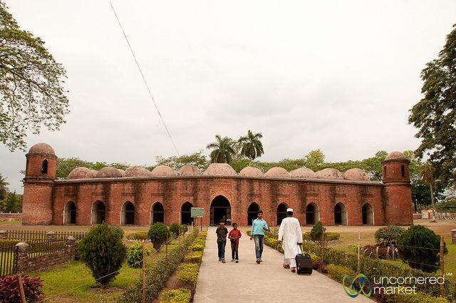 UNESCO's Shait Gumbad Mosque - Bagerhat, Bangladesh | Flickr - Photo Sharing!