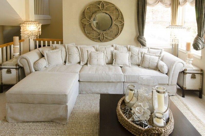 Pin von Rosmarie B auf Polstergruppe   Shabby chic sofa ...
