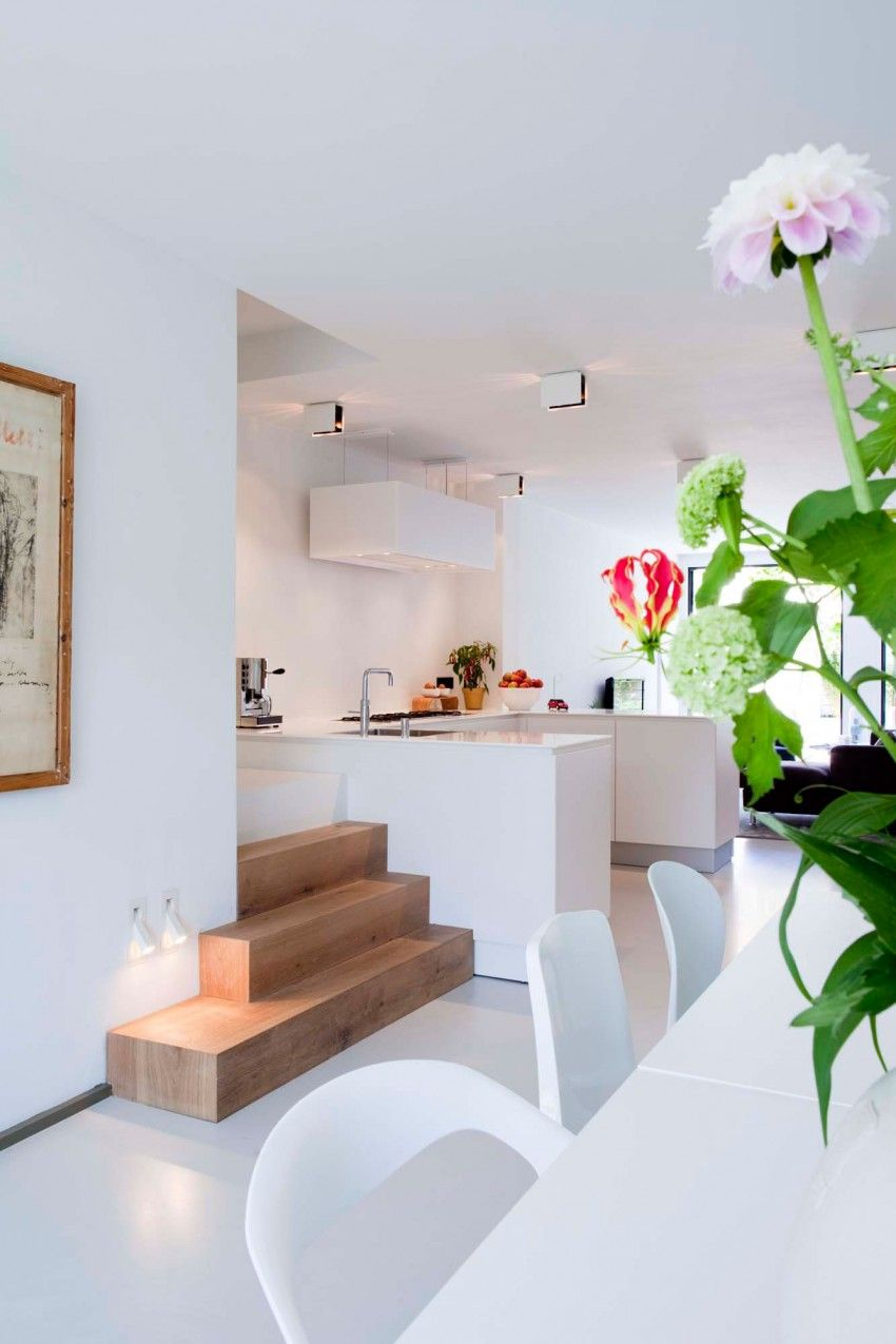 Canal house by KEM... HomeDSGN Design, Idee per la casa