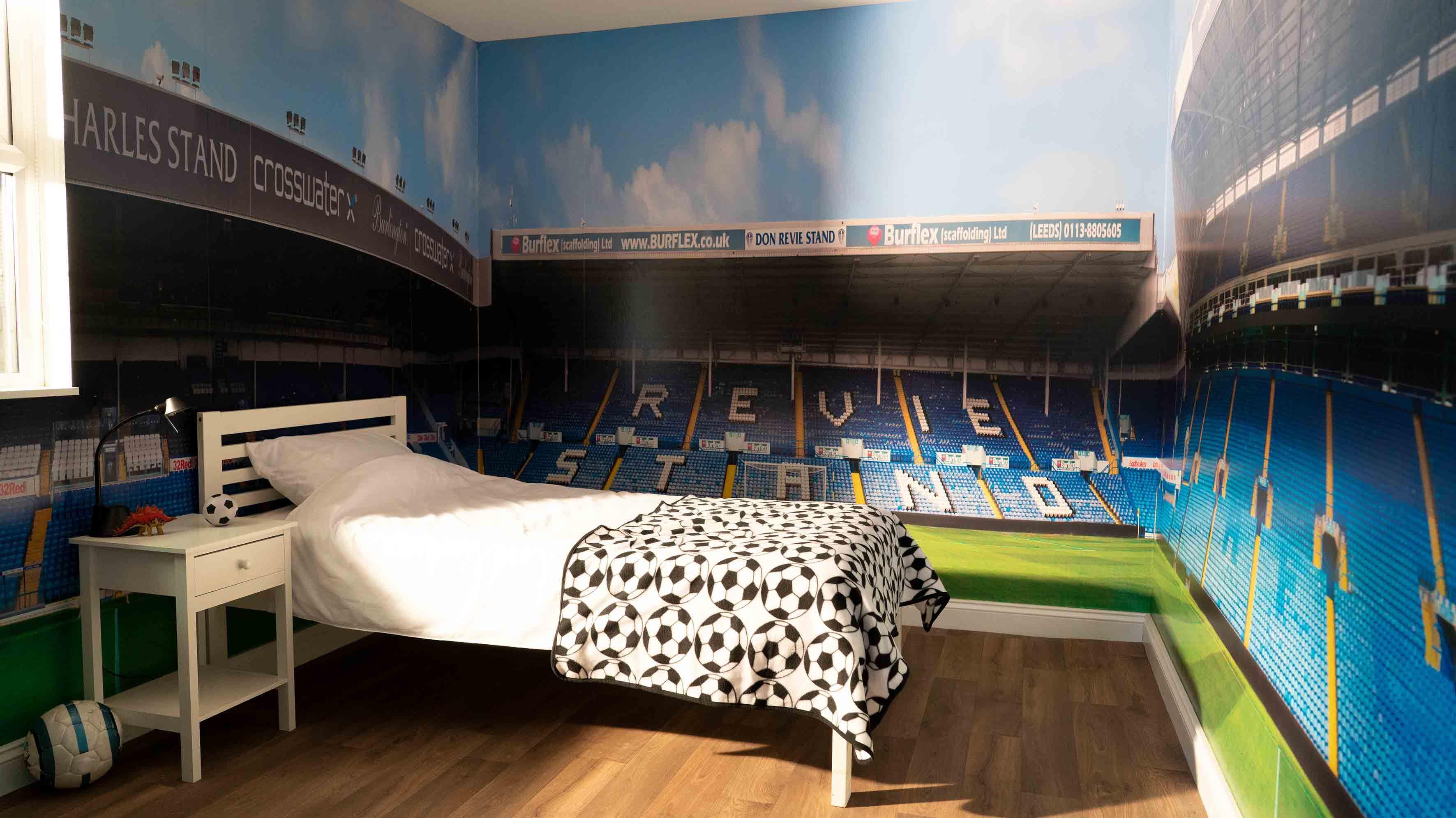 Football Stadium Boys Bedroom Wallpaper Mural Design Wm414: Pin By Arenaroom On 360° Stadium Wallpaper For Bedrooms In