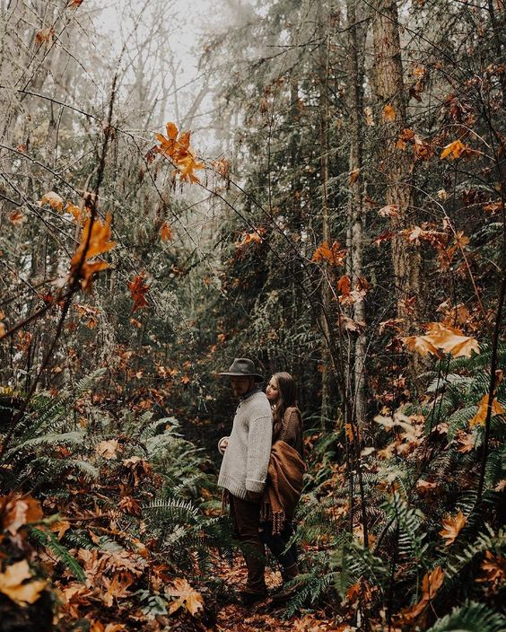 hint on your boho woodland wedding with your engagement photos -  hint on your boho woodland wedding with your engagement photos  - #Boho #engagement #EngagementPhotosannouncement #EngagementPhotoschristmas #EngagementPhotosdress #EngagementPhotosforest #EngagementPhotoslake #EngagementPhotosring #hint #militaryEngagementPhotos #photos #Wedding #Woodland