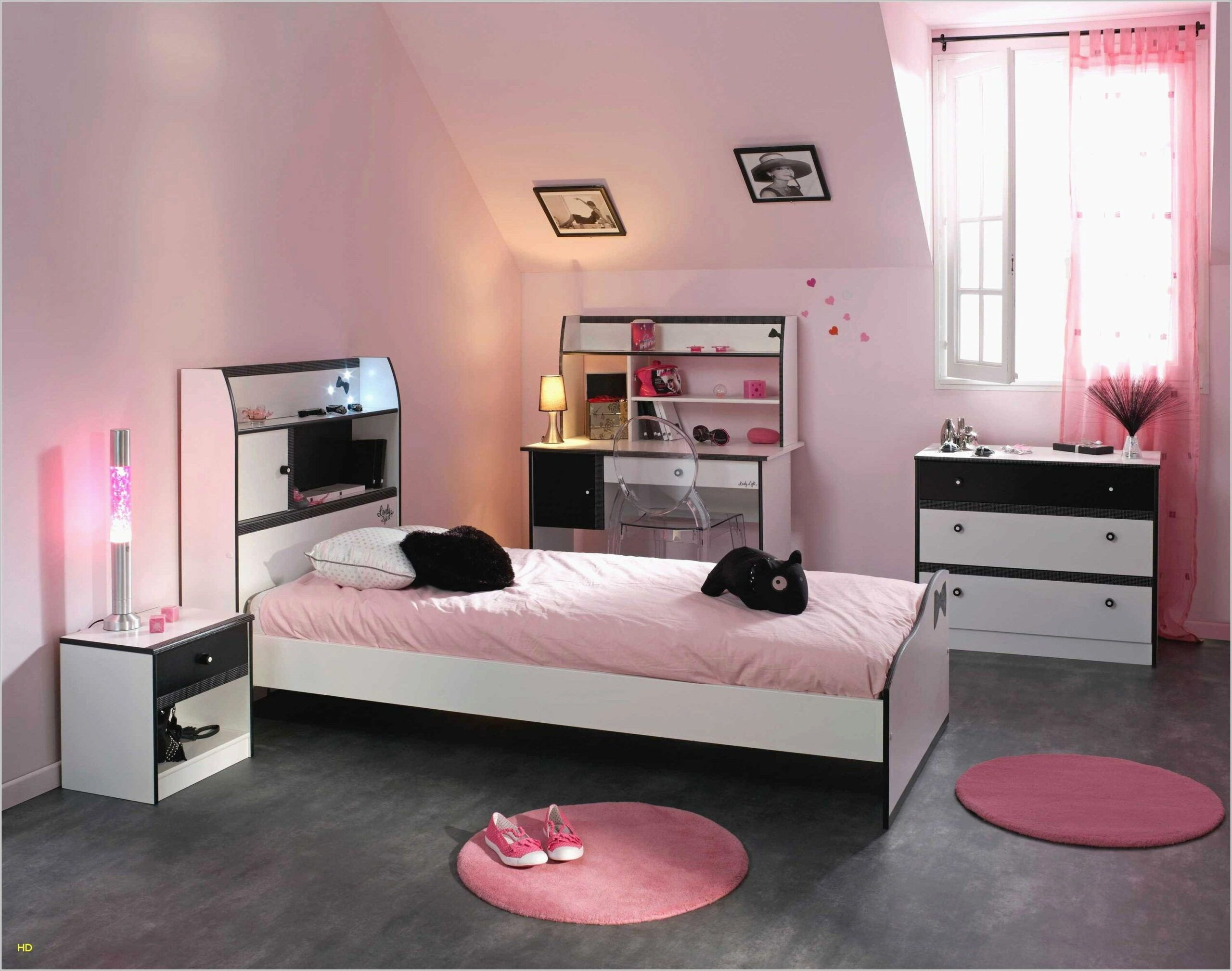 Idee Deco Pour Chambre Fille 19 Ans in 19  Teenager bedroom