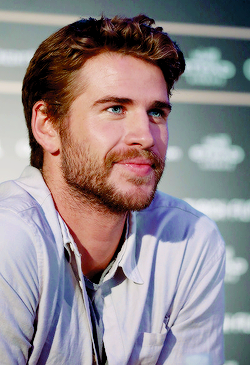 Pin by Nice Körper on Men in 2020 Hemsworth brothers