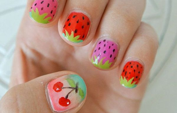Modelos de uñas decoradas con plumas exóticas | Diseños de ...