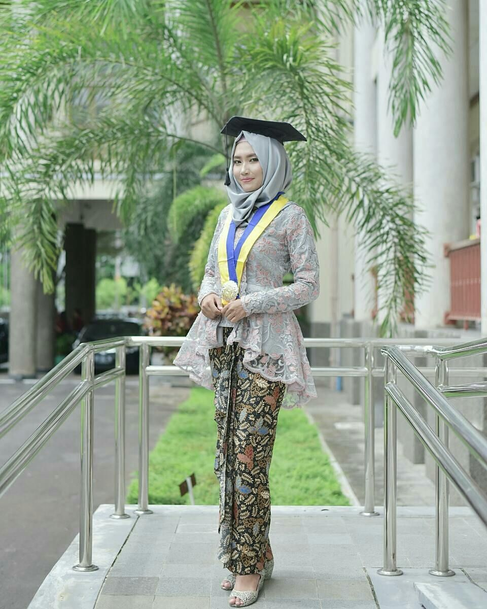 Pin By Dianty On Kebaya Hijab In 2019 Kebaya Muslim Kebaya Hijab