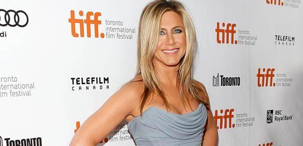 Jennifer Aniston Says Motherhood Shouldn't Define Her Value as aWoman
