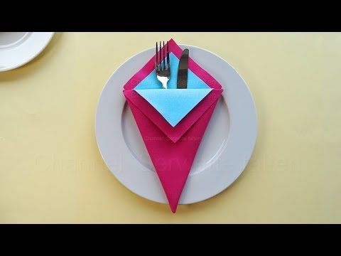 Napkin folding: Pocket