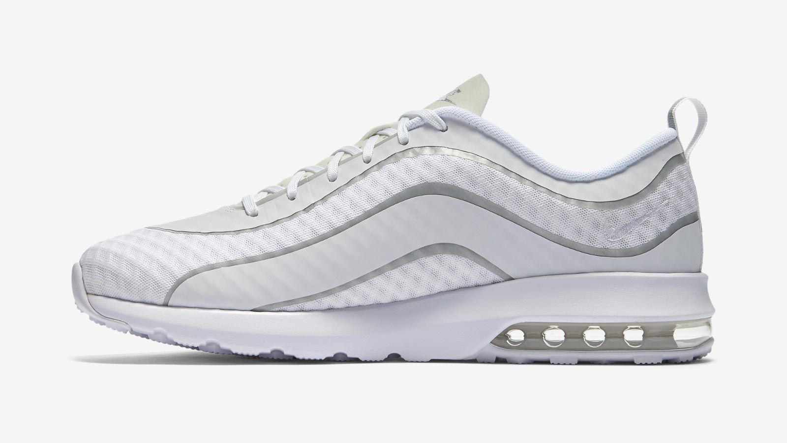 The Nike Air Max Mercurial R9 has received a classy whiteout
