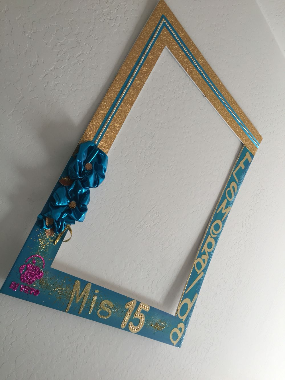 Marco para fiestas vertical #Quinceañera #Esmeralda Elaborado por ...