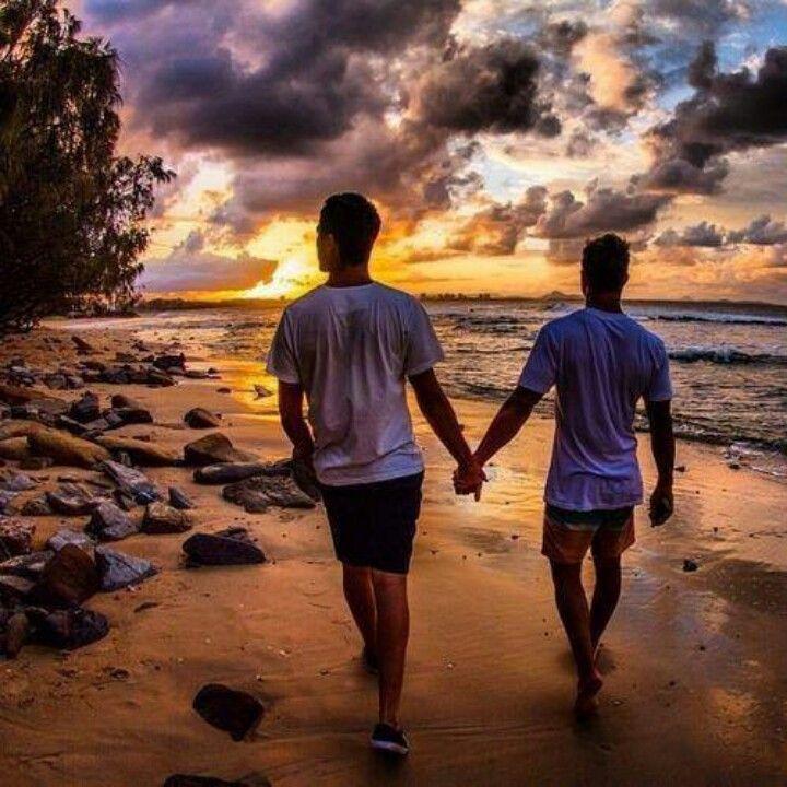 naples homoseksuel dating dating yngre uerfarne mand