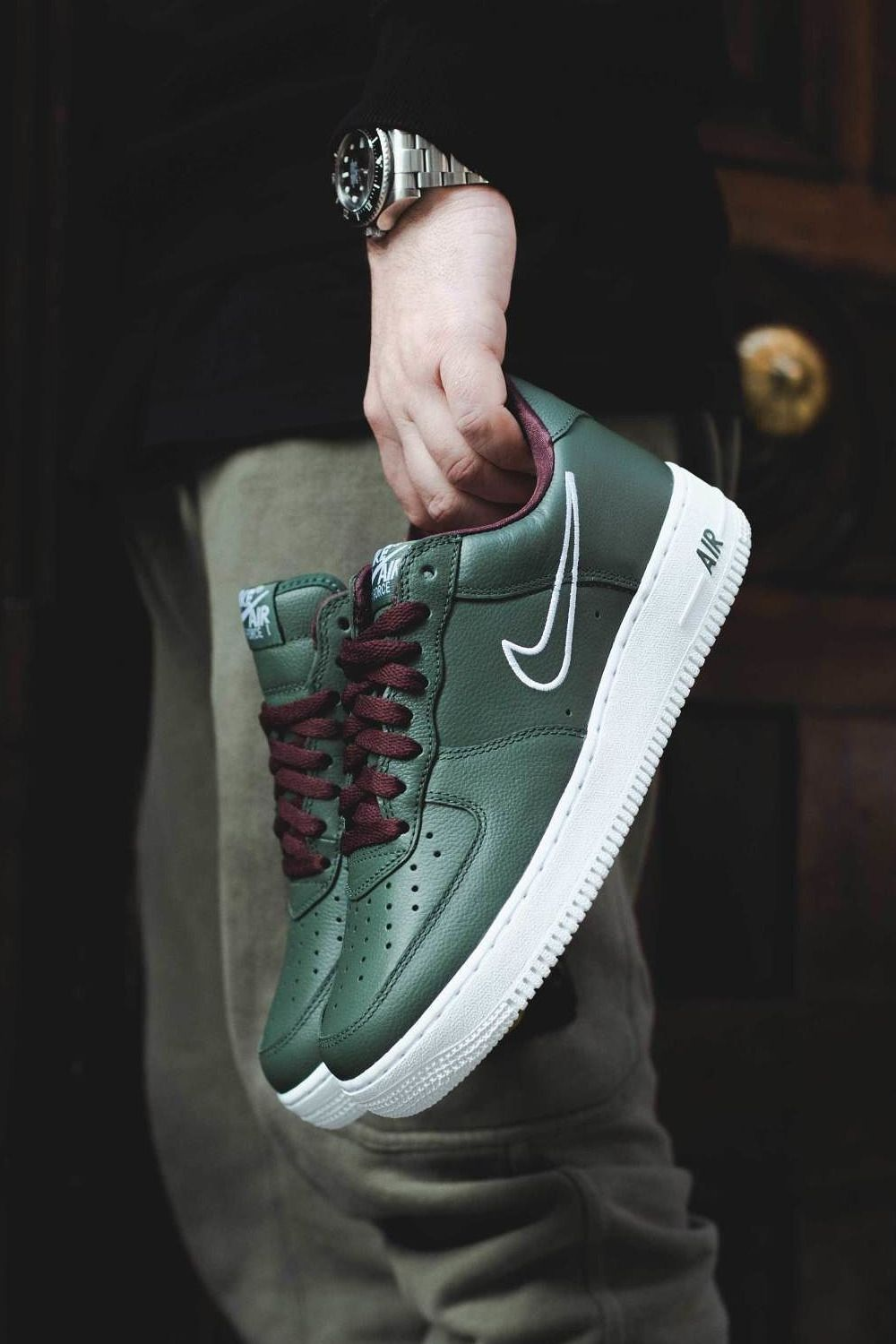 7185e1e83 Nike Air Force 1 Low Retro 'Hong Kong' | Nike in 2019 | Sneakers ...