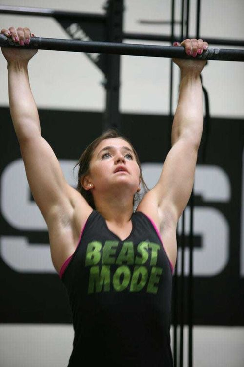 Pin By Isabel Ege On Gym And Health Pull Up Workout Crossfit Girls Fitness Motivation