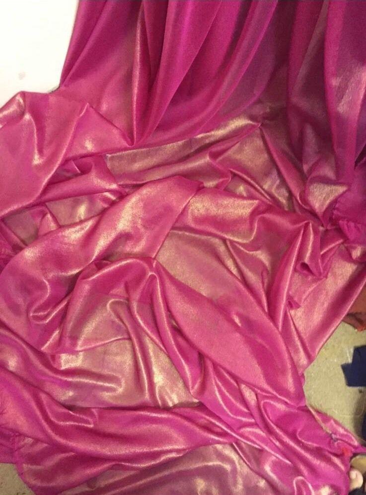 """6M red   Chiffon  gold  shimmer soft dress chiffon  58/"""" WIDE"""