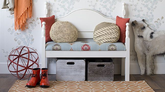 De lit à banc d\u0027entrée DIY furniture, Repurpose and Reuse - deco entree de maison