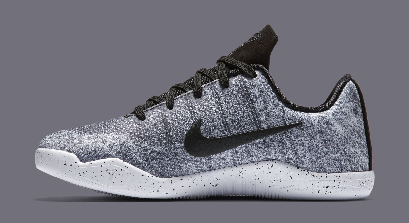 uk availability e9c25 06121 Nike Kobe XI GS
