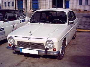 """Anadol, Türkiye'de toplu olarak üretilen ilk otomobil markasıdır. İlk Türk üretimi otomobil ise 1960'da TCDD tarafından yalnızca beş tane üretilen """"Devrim"""" adı verilen örnek otomobildir. #İşCep #AnındaBankacılık #teknoloji #technology #teknolojiknostalji #nostalji #nostalgia #tarihteilkler #birzamanlar #geçmişeyolculuk #60s #geçmiş #zaman #nostaljizamanı #nostaljidünyası #Anadol #Devrim #TCDD #Türkiye #Turkey #ilk #otomobil"""