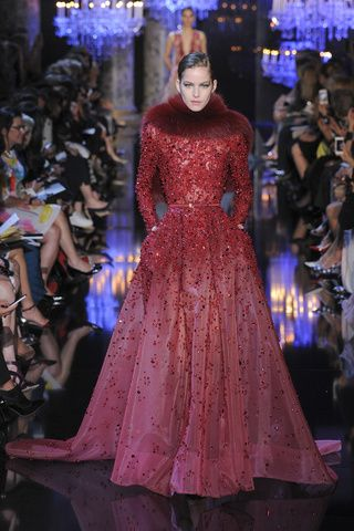 Elie Saab | Fall Winter 2015| Vogue Paris #red #dress #ElieSaab