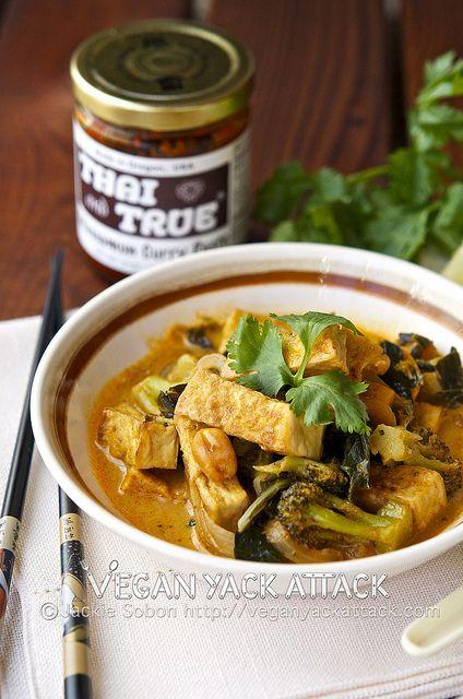 Crispy Tofu Thai Curry