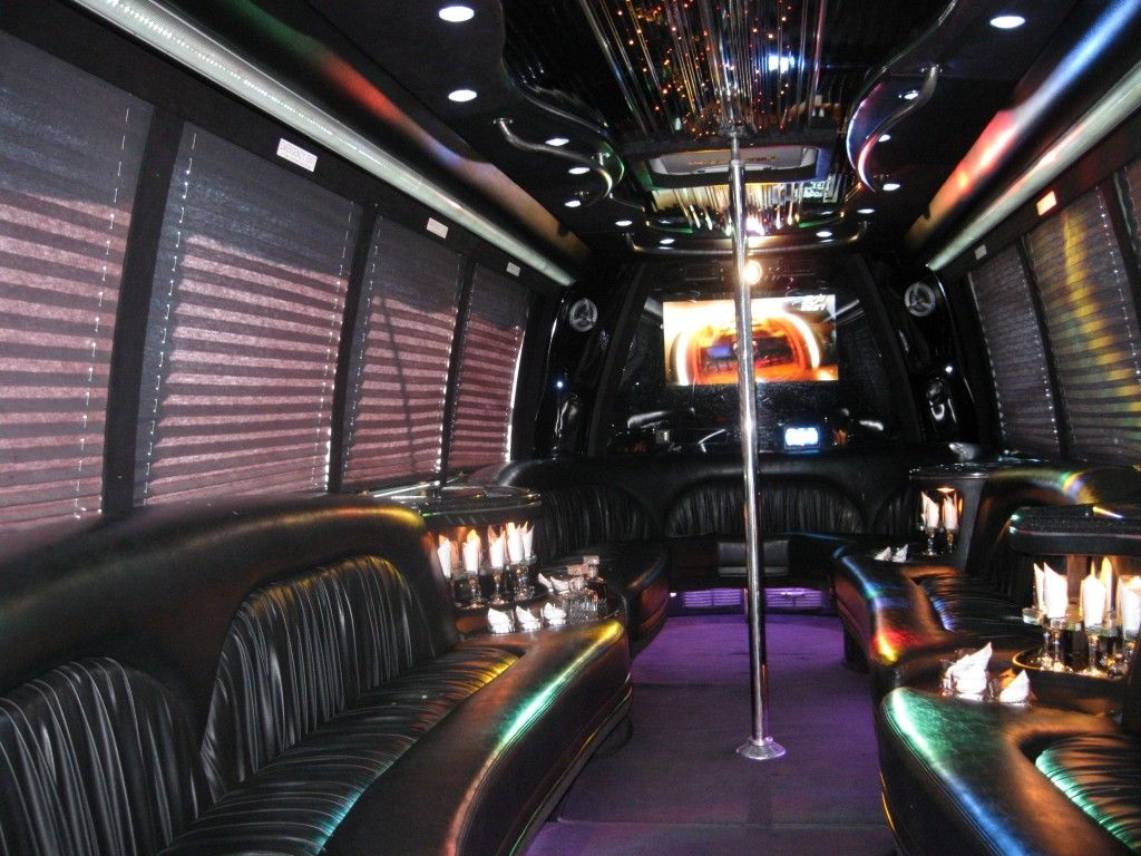 location limo bus montreal limousine montreal 777 514 992 9065 limo pinterest limo. Black Bedroom Furniture Sets. Home Design Ideas