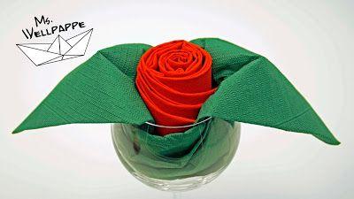 servietten falten rose einfache anleitung aus papierservietten ideale tischdekoration f r. Black Bedroom Furniture Sets. Home Design Ideas