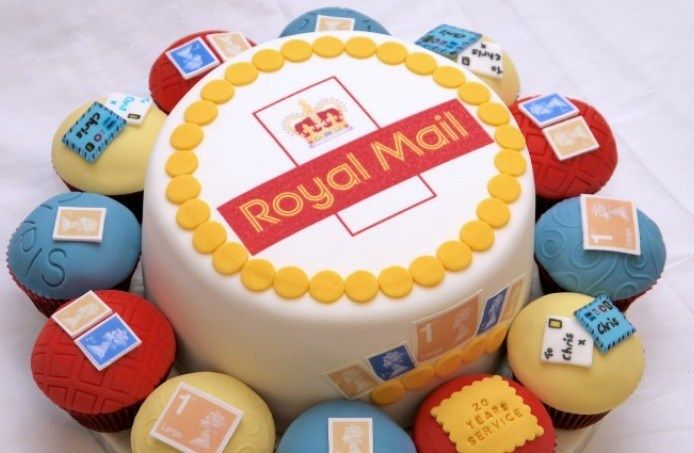 Sensational Royal Baby Celebration Cakes Cake Cake Mail Celebration Cakes Funny Birthday Cards Online Alyptdamsfinfo
