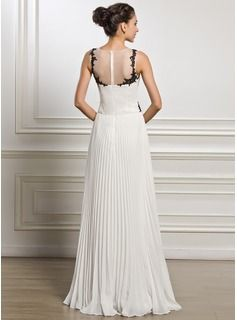 A-Line/Princess Scoop Neck Floor-Length Chiffon Tulle Evening Dress With Appliques Lace Pleated (017051628) - JJsHouse
