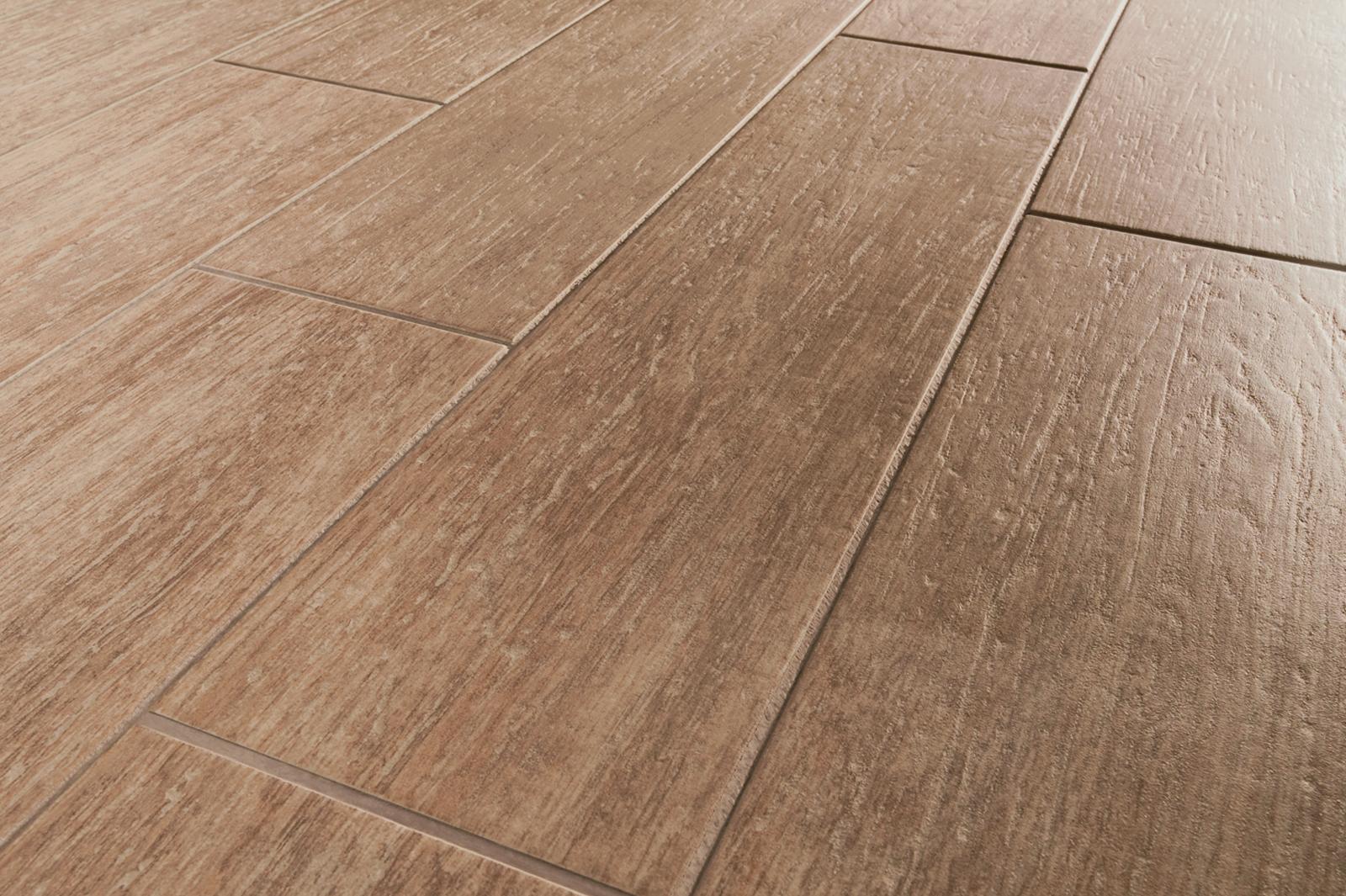 suelos de cermica efecto madera centro