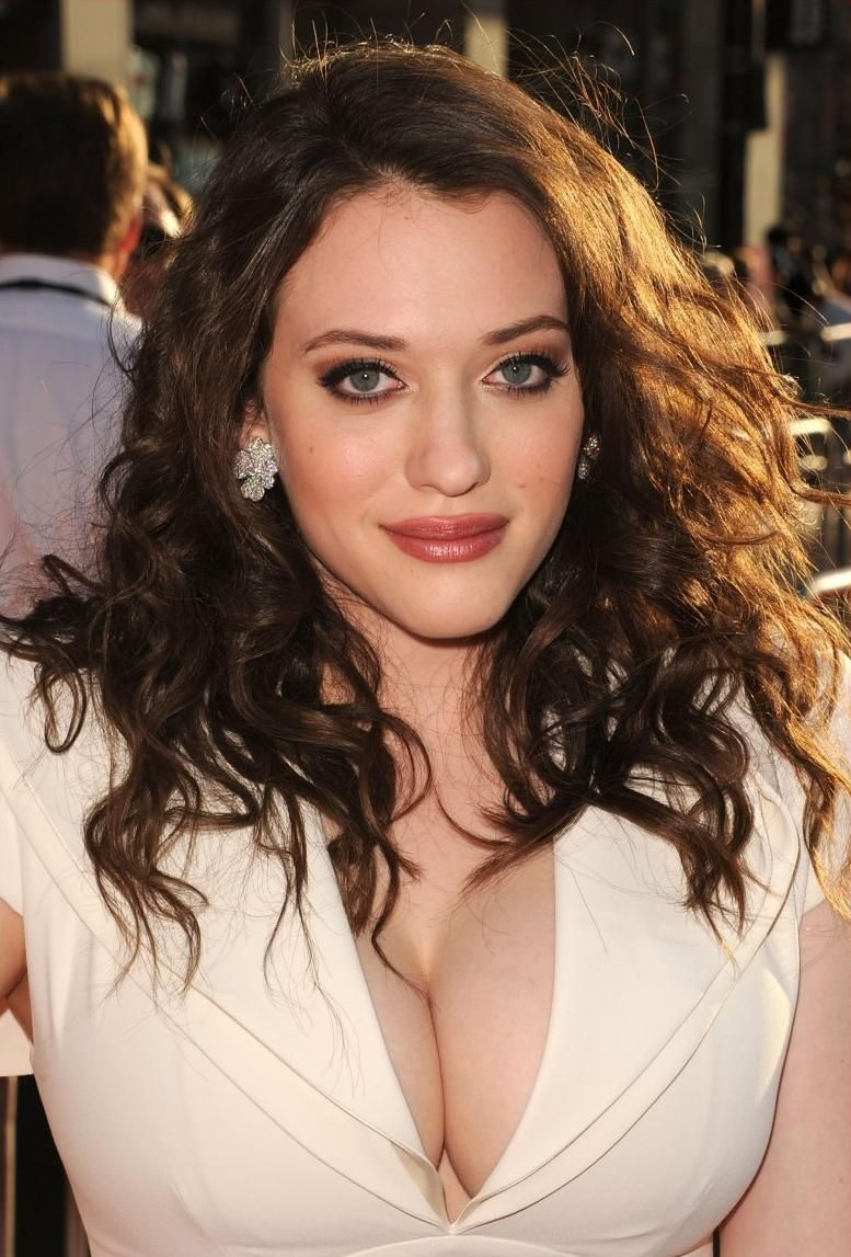 kat dennings - love those giant tits | My Style