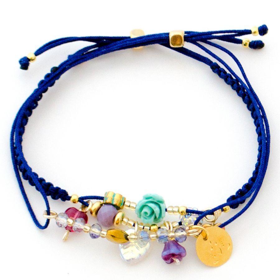 0830bf2cc3c7 Pulsera Hilo Azul Macrame Flor Dijes - Dulce Encanto Accesorios Pulseras  Con Dije