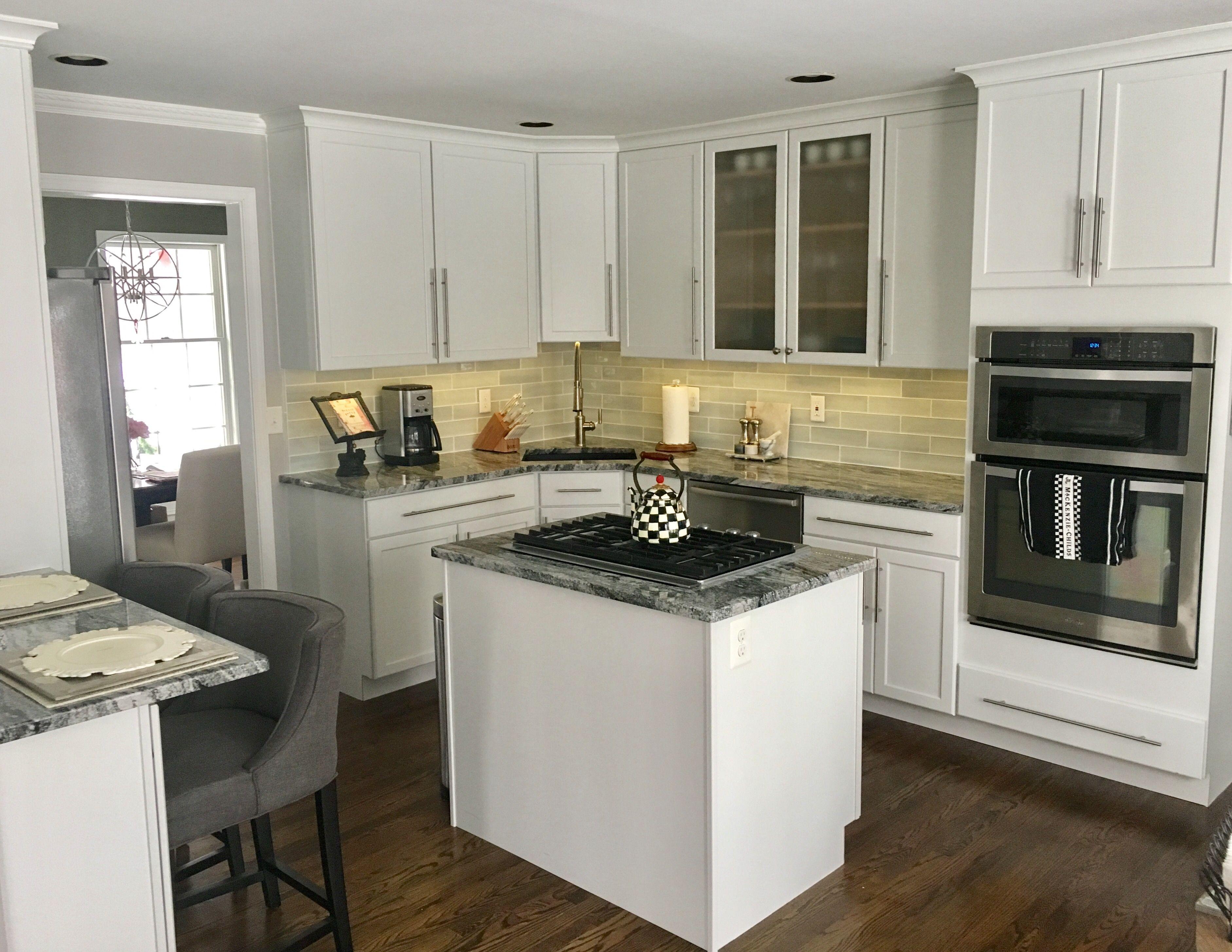 Kitchen White Black & Gray Granite/Industrial