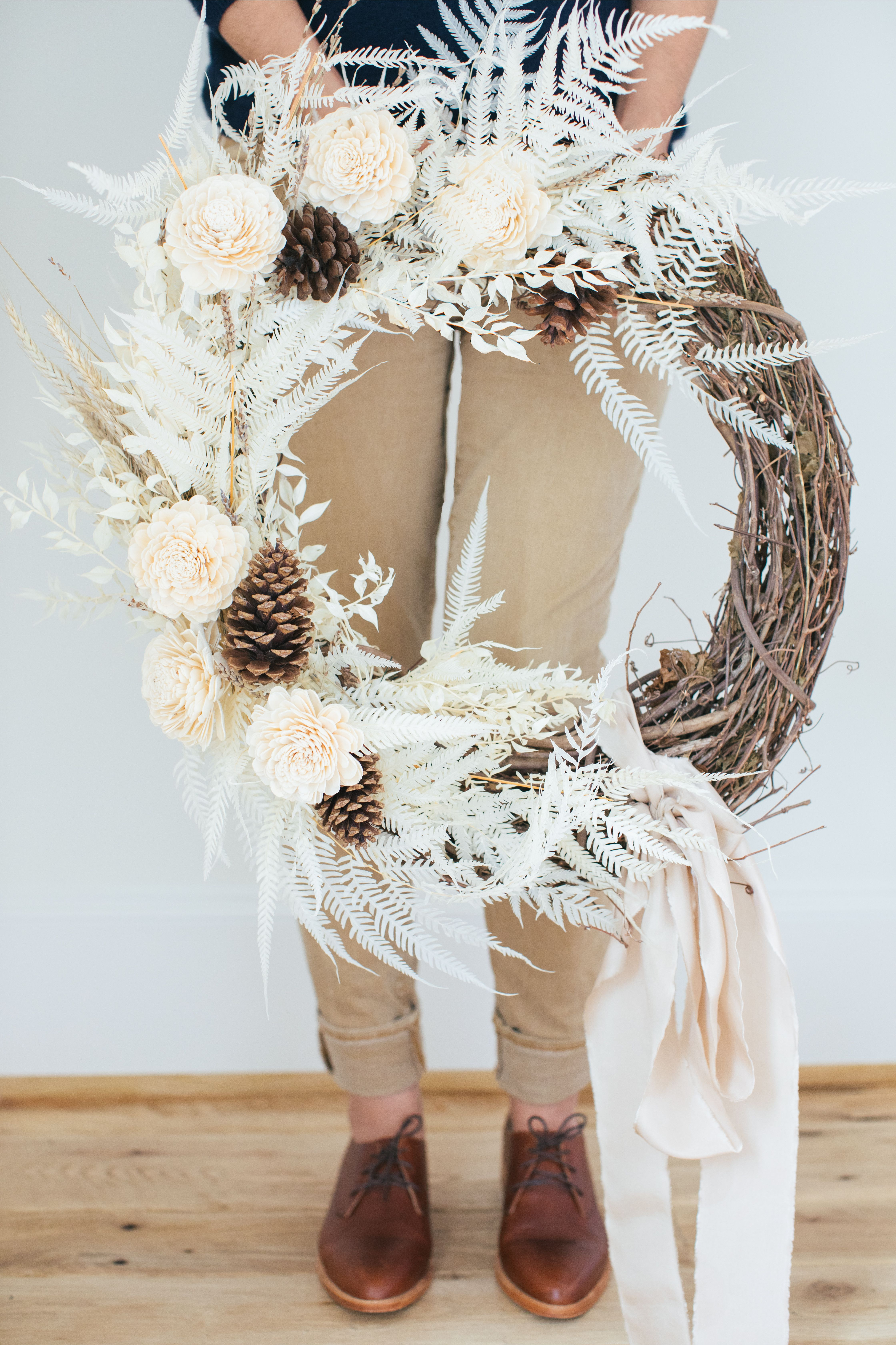 Photo of How to Make Your Own Wreath Using Dried Florals