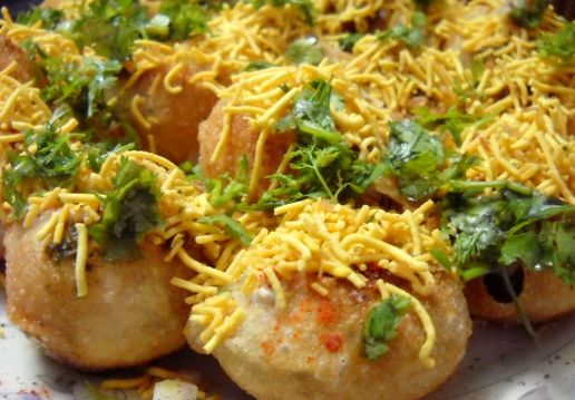 Sev puri indian canape indian christmas menu pinterest dahi sev batata puri recipe with step by step photos mumbai dahi sev batata puri is yet another delicious chaat snack from mumbai along with bhel puri forumfinder Images