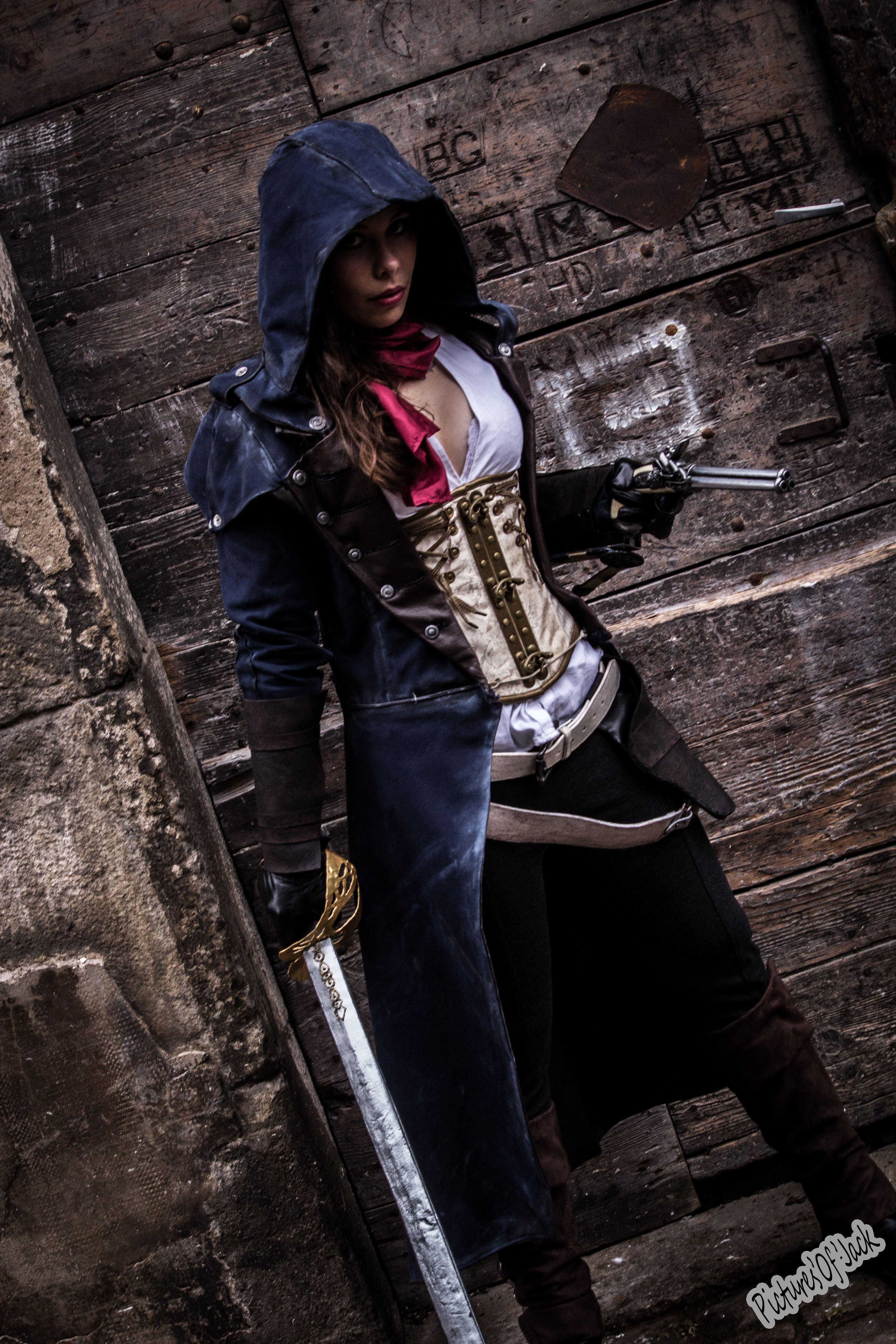 Arno Dorian Female Assassins Creed Cosplay Girl Assassin