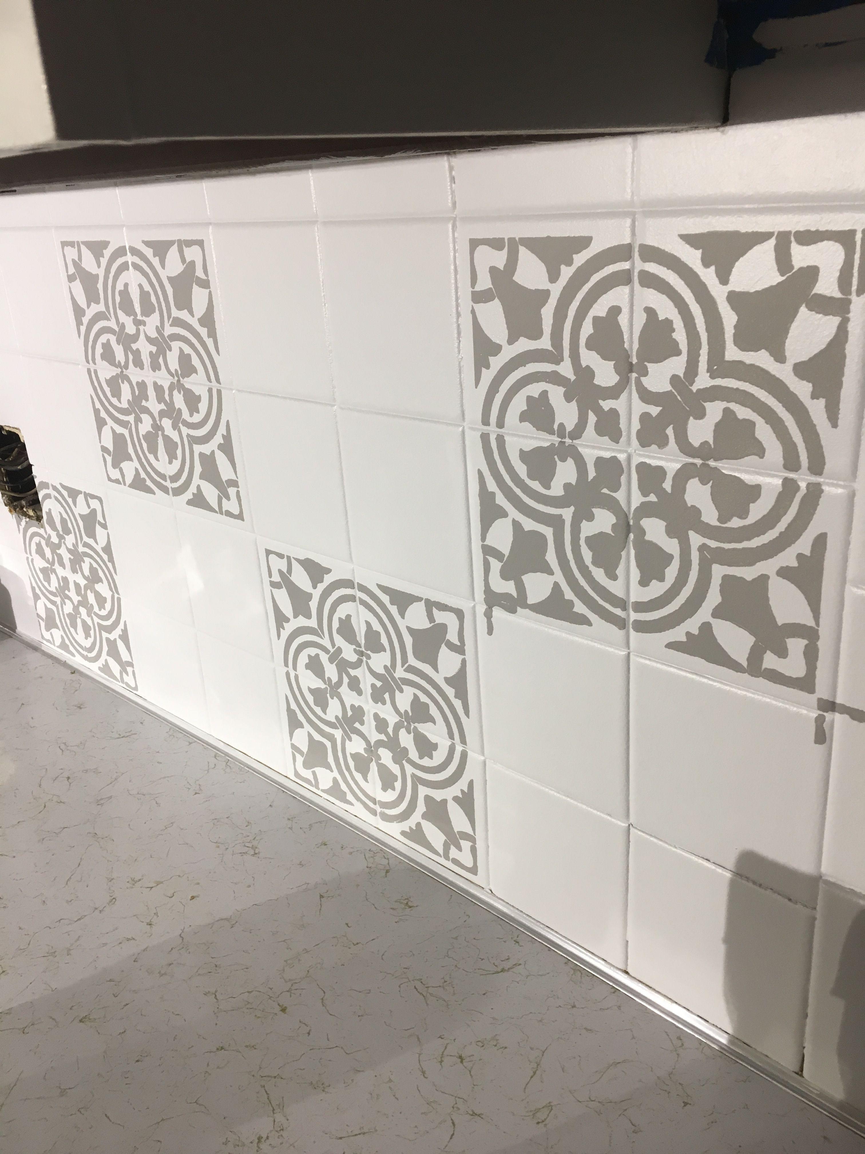 Stencil Painted Kitchen Backsplash Tile Diy Kitchen Design
