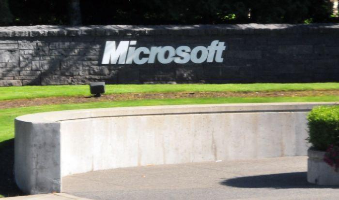 Risultati Microsoft: boom di Lumia e Surface, male Windows